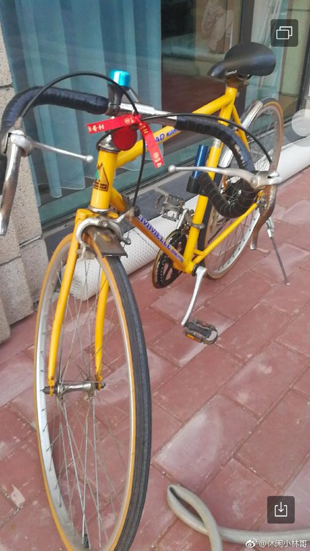 杨幂爸爸曝女儿中考礼物是自行车:要酷酷的