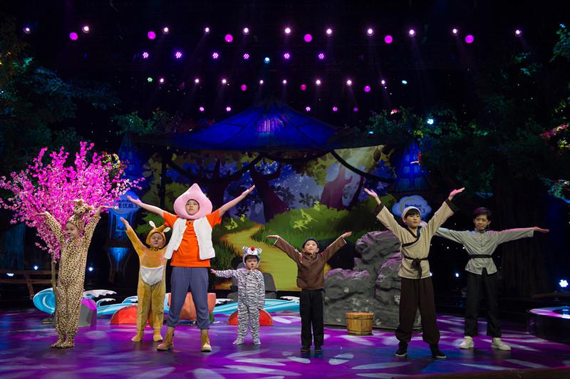 《星空下的童话》预告上线!连淮伟和萌娃分享舞台经验