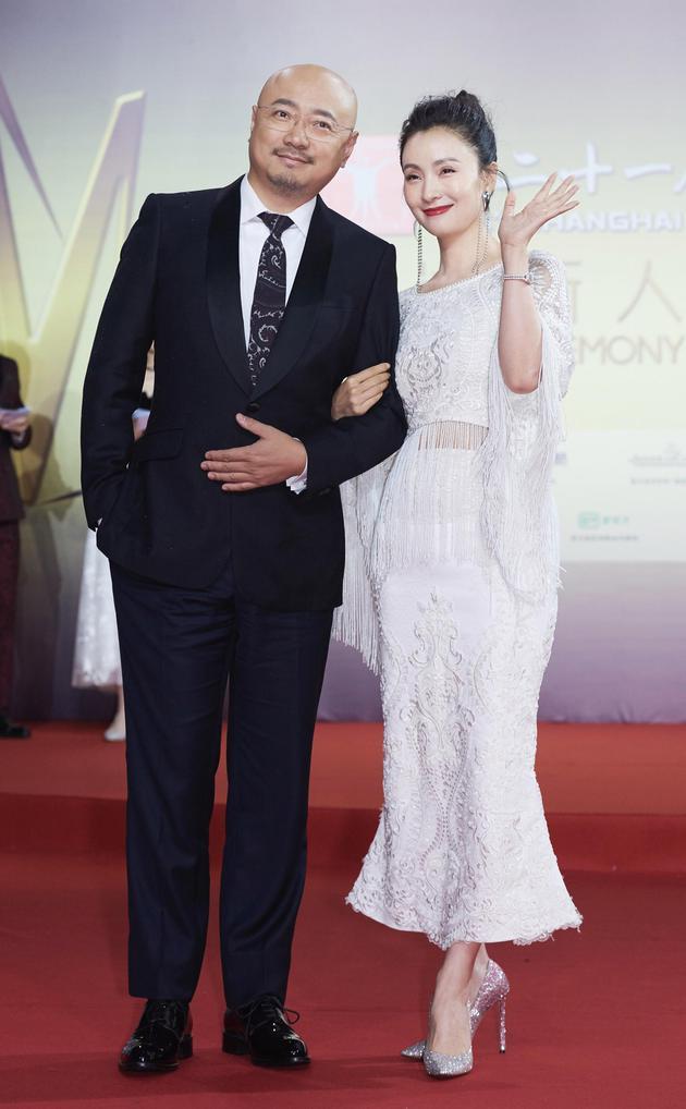 徐峥友人圈公开表白老婆:我才是陶虹的私有财产