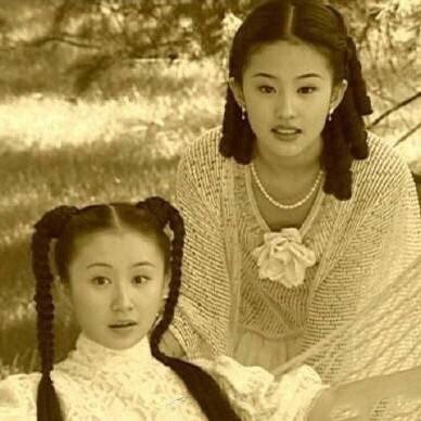 偶遇刘亦菲舒畅逛街 八妹秀珠神仙友情令人称羡