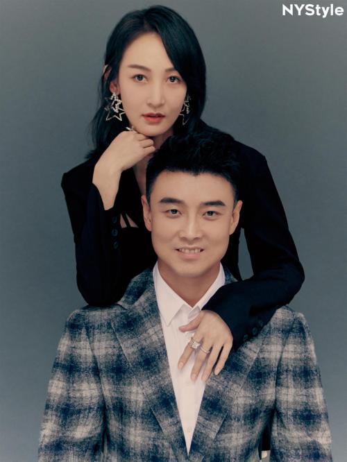 王皓闫博雅亮相《京城十二时辰》八年婚姻甜蜜如初